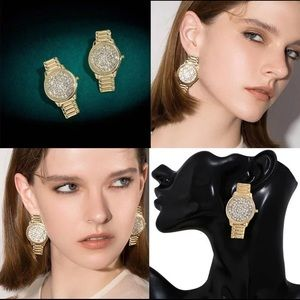 Rhinestone Watch Shape Earrings